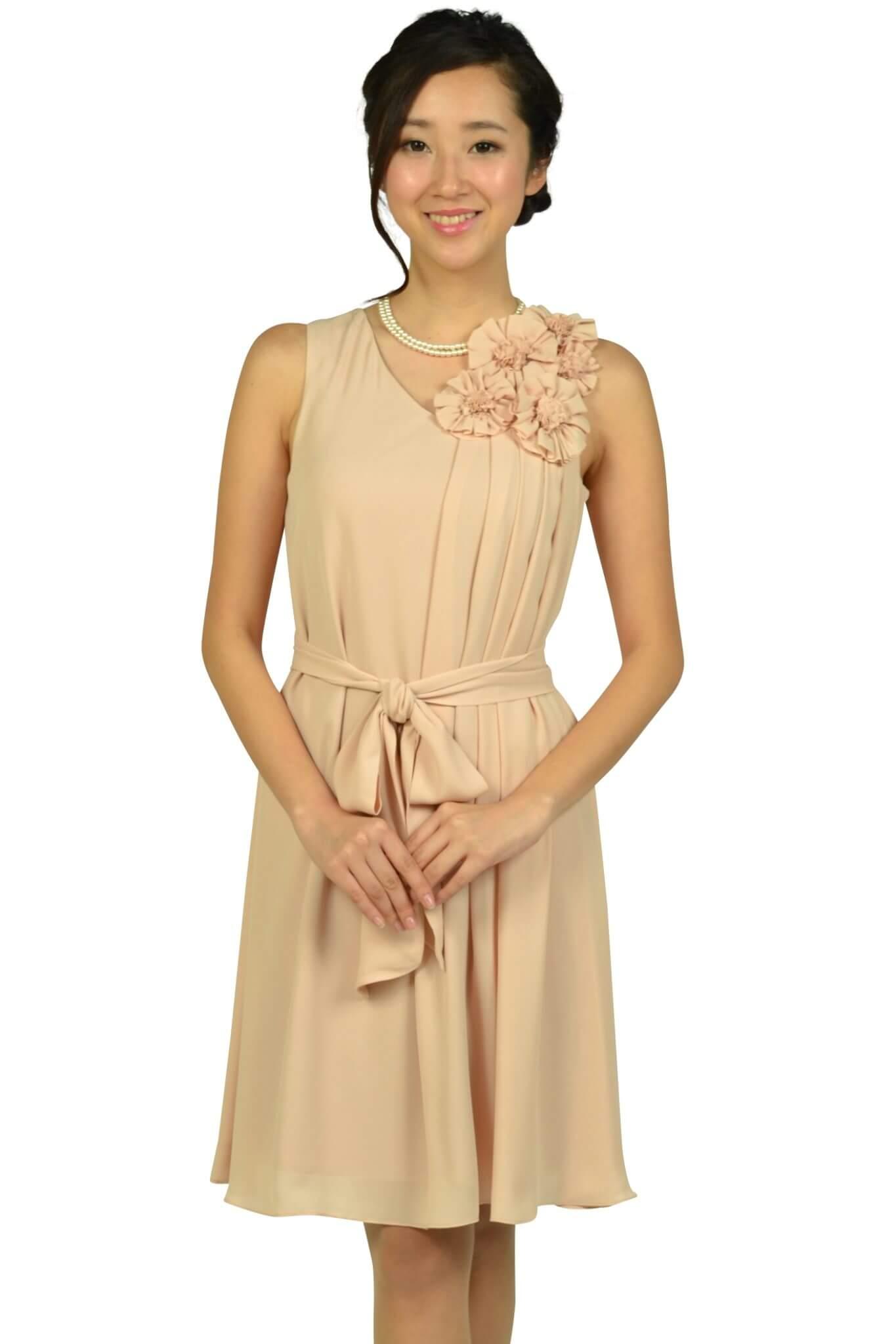 ドーリードール(Dorry Doll)フラワーコサージュベージュドレス