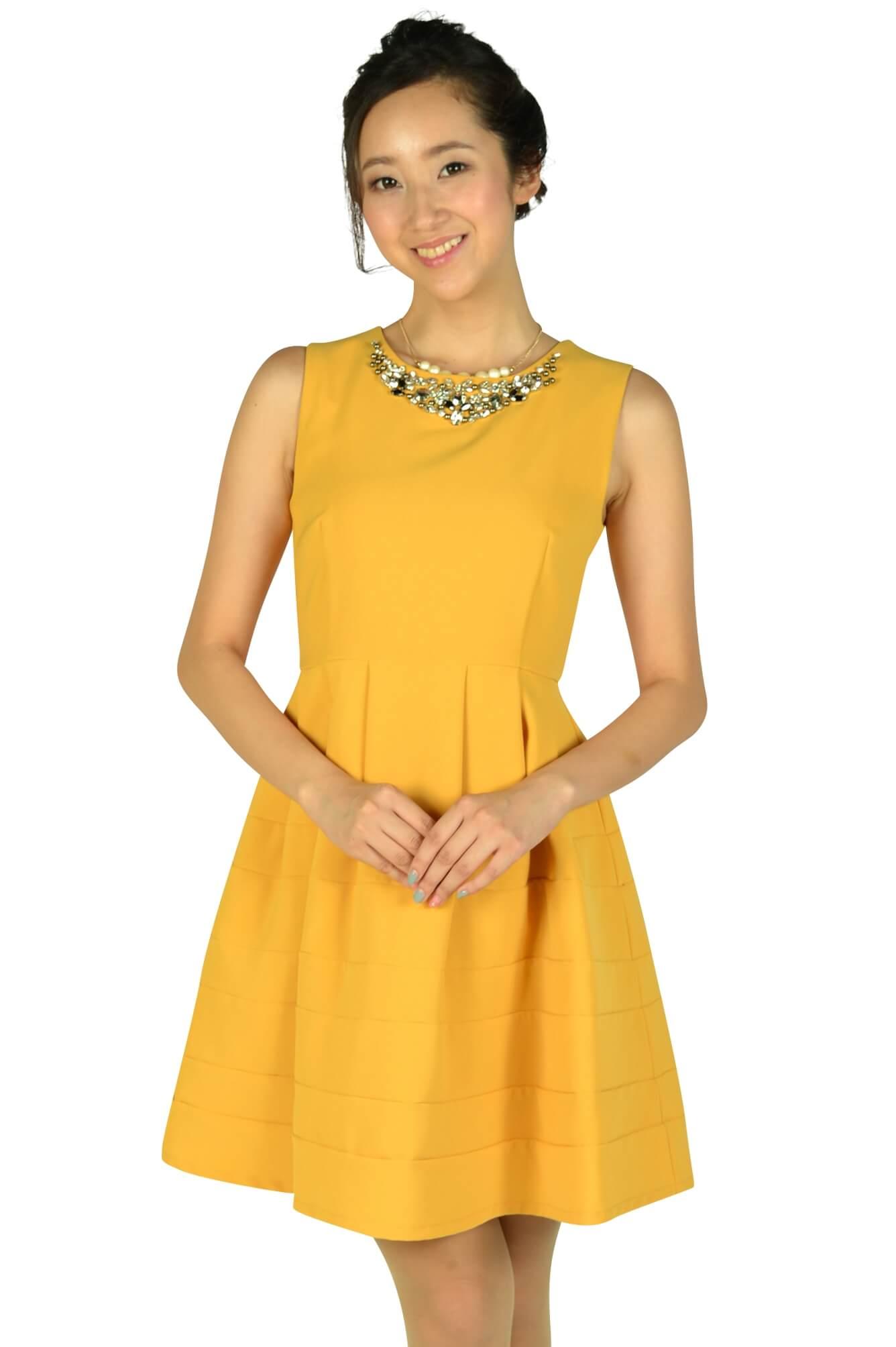 アティラントーレ(Attirantore) 豪華ビジュマスタードドレス