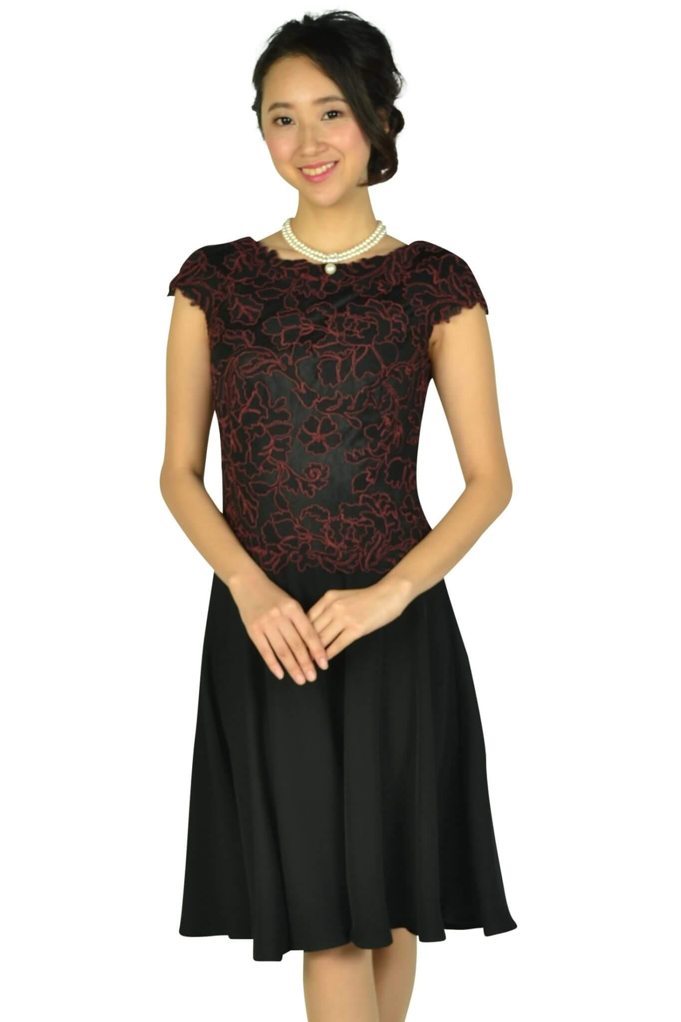 タダシ・ショージ(Tadashi Shoji)ボルドー刺繍ブラックドレス