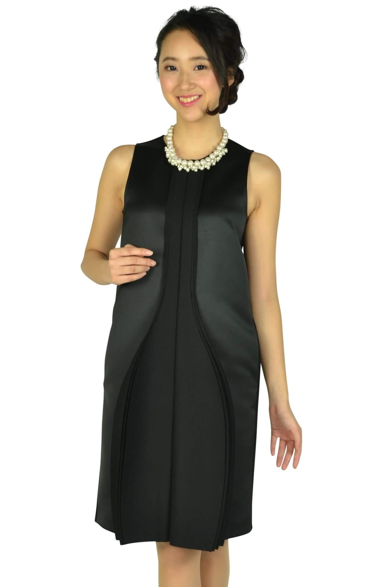 エンポリオ アルマーニ (EMPORIO ARMANI)ハイデザインブラックドレス